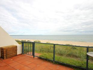 Absolute Beachfront - Aspendale