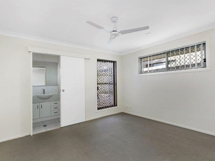 2/51A School Road, Victoria Point, QLD