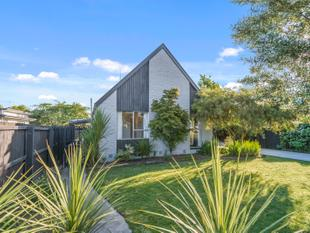 Private, Established, Renovated and Ready Now! - Parklands