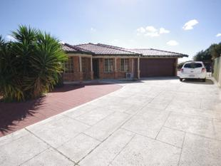 FANTASTIC 3X2  FAMILY HOME - DRIVE THRU ACCESS - Ballajura