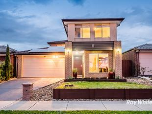 A STUNNING FAMILY HOME!!! - Clyde North