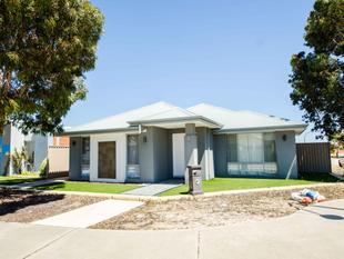 LOW MAINTENANCE, CORNER LIVING!! - Canning Vale