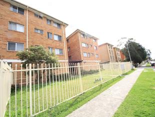 NICE AND TIDY 2 BEDROOM UNIT IN A SECURITY BUILDING - Warwick Farm