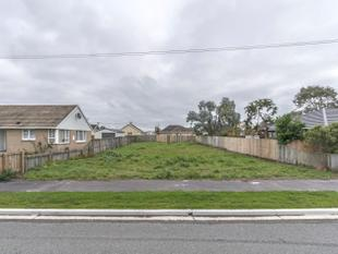 Multiple Sites Available - Aranui