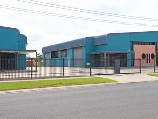 Modern Warehouse With Office  Building Area 444 m - Woolner