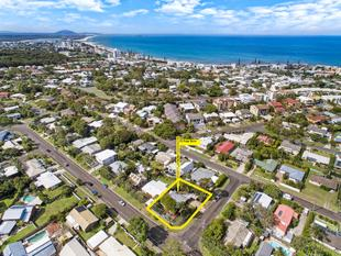 Premium Location!  You choose, renovate or knock down. - Mooloolaba