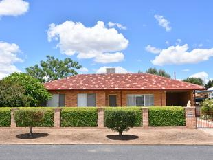 RENOVATED HOME IN A CENTRAL LOCATION - Moree