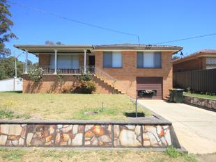 LARGE THREE BEDROOM LOCATED IN THE HEART OF MERRYLANDS!! - Merrylands