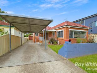FAMILY HOME IN QUIET LOACTION - Merrylands