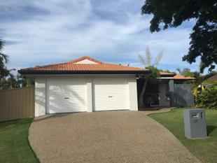 BEAUTIFUL FAMILY HOME WITH POOL! - Yeppoon