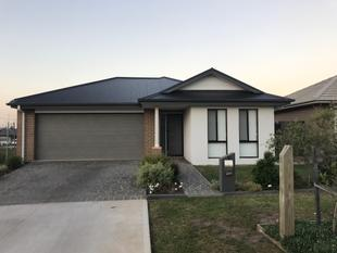 Beautiful Brand New Family Home - Gledswood Hills