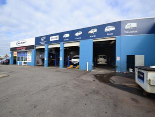 Flexible warehouse space with street exposure - Bassendean
