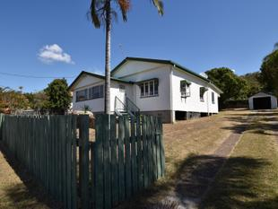 INNER CITY CHARACTER HOME WITH A 3 BAY SHED - South Gladstone