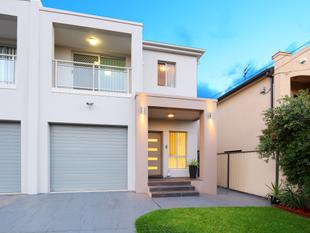 Motivated Owners! Stunning Family Duplex - Mortdale