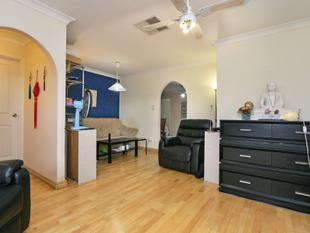 HOT NEW PRICE - MASSIVE FAMILY HOME + FREE GARDENING - Parkwood