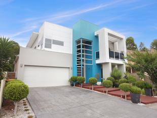 SIMPLY STUNNING - Canley Vale