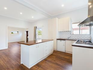 Fully renovated townhouse in a prized location - Murrumbeena