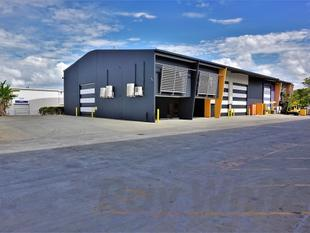 For Lease: 822sqm* FRESH TRADECOAST OFFICE/WAREHOUSE - Murarrie