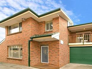 MODERN 3 BEDROOM TOWNHOUSE - Auburn