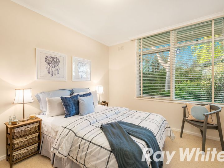 7 Glengarry Avenue, Burwood, VIC