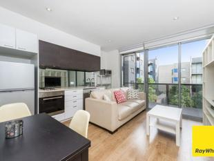 Fly Solo in this Fantastic Fully Furnished Apartment! - Carlton