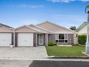 Super Neat Villa with Super low body corporate! Available Now! - Capalaba