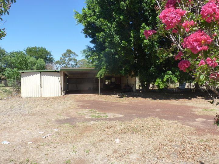 84 Grey Street, St George, QLD