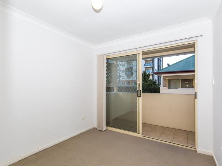 4/8 Amisfield Avenue, Nundah, QLD