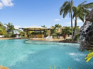 "**THIS IS THE PLACE TO BE** Outstanding value, fantastic location, resort pool, DON""T MISS OUT, INSPECT NOW! - Mudjimba"