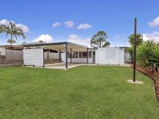 4 Bedroom, 2 Bathroom Pet Friendly House - Strathpine