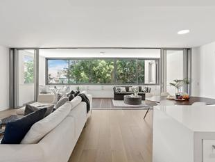 Contemporary indulgence on 128sqm - Newtown