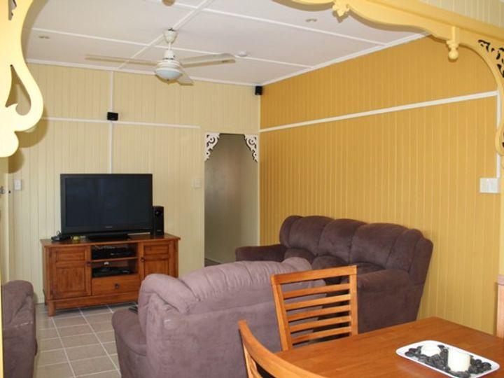 2/10 Abbott Street, Ingham, QLD
