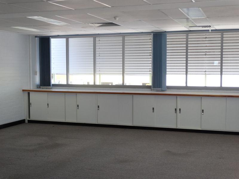 3 182 bay terrace wynnum qld commercial offices for 7 grattan terrace wynnum