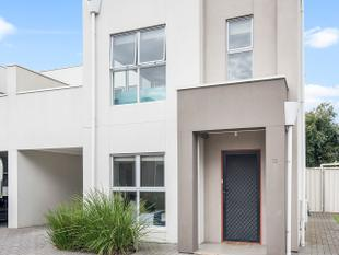 ULTRA MODERN LIVING AT IT'S BEST!!!! Great Value...! - West Croydon