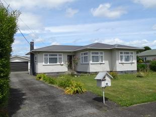 Fabulous Family Home & So Handy to Town! - Levin