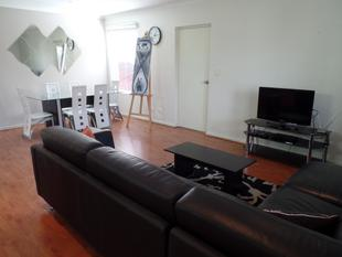 FULLY FURNISHED APPARTMENT IN A SECURE CENTRAL LOCATION - North Adelaide