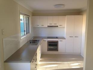 MODERN HOUSE READY TO CALL HOME!! - Crestmead