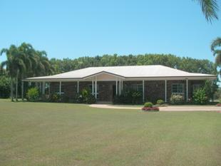 PLANTATION STYLE  HOME ON APPROX 3.5 ACRES WITH POTENTIAL TO SUBDIVIDE - Etty Bay