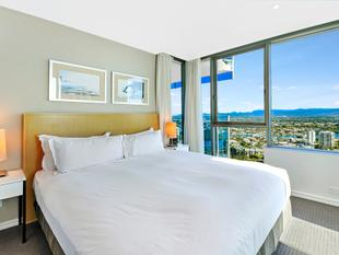 Great Value. Motivated Seller, this beautiful fully furnished Hilton 2 Bed, 2 Bath, 1 car space apartment most go! - Surfers Paradise