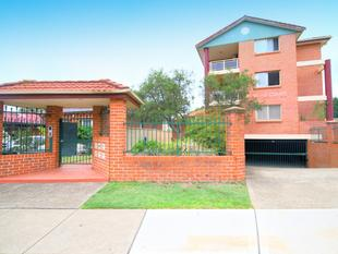 Huge Apartment & Great Location! - Bankstown