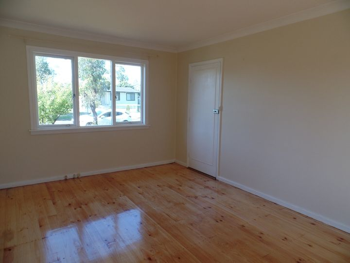 33 Willan Drive, Cartwright, NSW