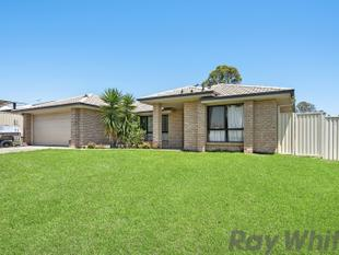 STYLISH EXECUTIVE FAMILY HOME IN NORTH RIDGE ON 841m2!! - Deception Bay