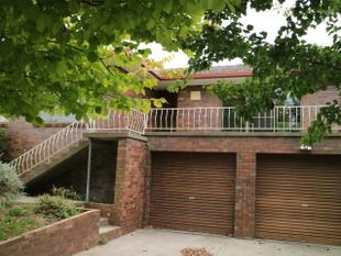 Substantial Brick Home - Glen Innes