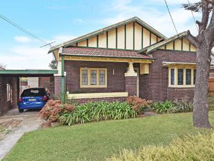 Timber Floor 2 bedroom house - Hornsby