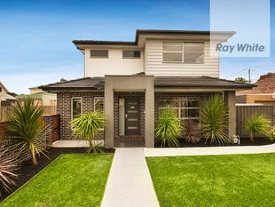 Spacious Modern Light Filled Home! - Pascoe Vale