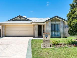 FAMILY HOME IN CENTRAL LOCATION - Coomera
