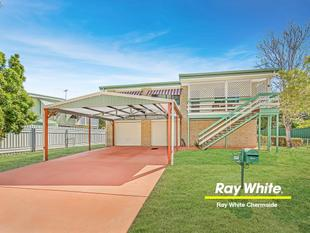Immaculate Highset with Dual Living Potential! - Boondall