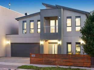 Where The Only Ties Are Those Of Family, This Contemporary Delight Provides So Much More - Mawson Lakes