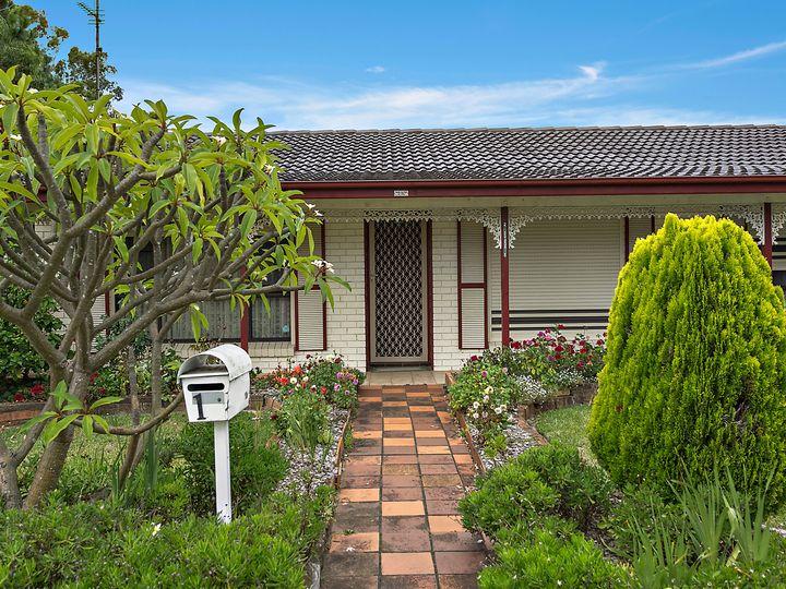 1 Birra Drive, Oak Flats, NSW