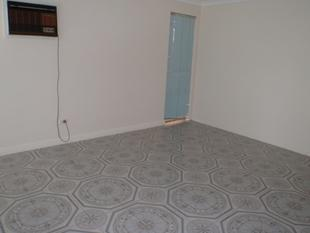 Spacious & Nice Family - Mirrabooka